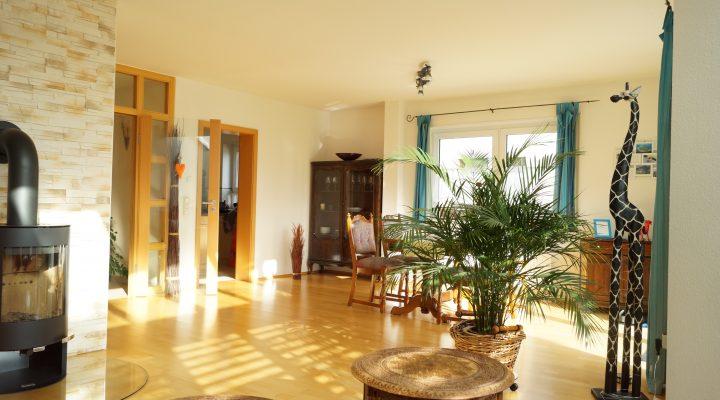 Einfamilienhaus mit Einliegerwohnung und wunderbarem Grundstück floorplan 9