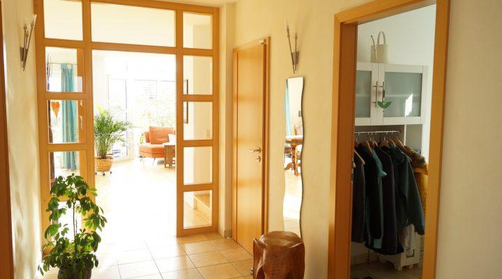 Einfamilienhaus mit Einliegerwohnung und wunderbarem Grundstück floorplan 16