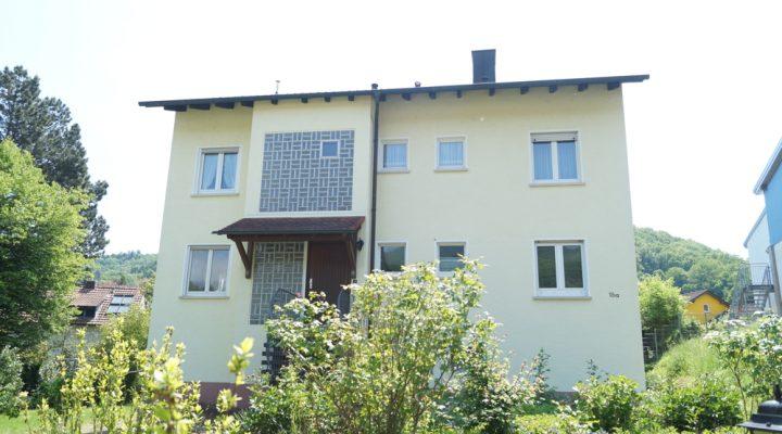 1-2 Familienhaus mit großem Garten in Annweiler am Trifels